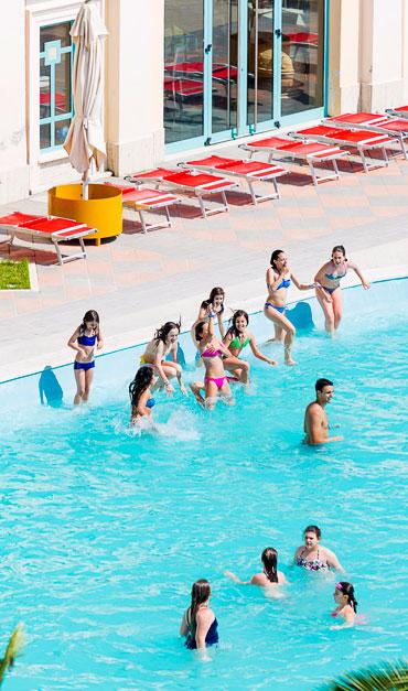 Centro estivo con piscine per adulti e bambini a Roma - Terme di ...